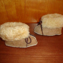 Infant Minnetonka Genuine Sheepskin Moccasins Size 3 Photo