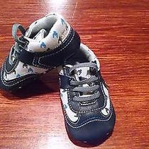 Infant Shoes Size 2 Photo