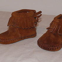 Infant Size 2 Minnetonka Moccasins Infant Baby Fringe With Velcro Opening Photo