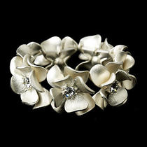 Ivory Blush & Rhinestone Flower Bridal Stretch Bracelet 8736  Photo