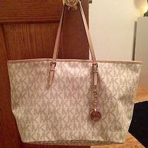 Ivory Michael Kors Handbag Photo