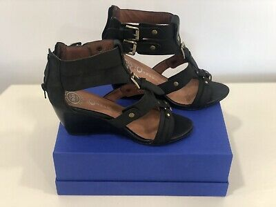 Jeffrey Campbell Black Wedge sandals Size 9 Photo