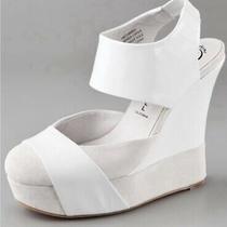 Jeffrey Campbell 'Hathaway' Suede/patent Leather Platform Wedges Sandals Sz 6m Photo
