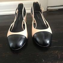 Jeffrey Campbell Nude/black Low Heel Round Toe Classic Pumps Size 7.5 Photo
