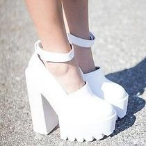 Jeffrey Campbell Scully Platform Heels Size 9 White New in Box  Photo