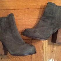 Jeffrey Campbell Suede Ankle Boots sz.8.5 Stacked Heel Winter Green Pull On Photo