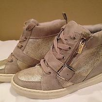 Jennifer Lopez New Solid Blush Taupe  Fashion Tennis  Size 7.5m Photo