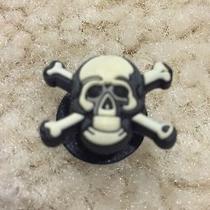 Jibbitz Skull and Cross Bones Croc Shoe Charm Pin/button Punk Goth Grunge Photo