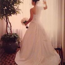 Jim Hjelm Couture Designer Wedding  Dress Gown Vera Wang  Photo