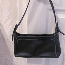 Jones New York Small Black Handbag (Man Made Mat) Good Cond Photo