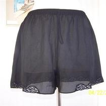 Josie Natori Semi-Sheer Black Loose Soft Lace Trim Tap Pant Shorts Sz Medium Photo