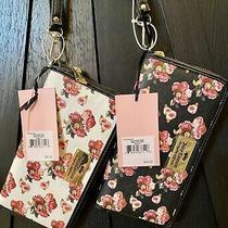 Juicy Couture Rose Floral Wristlet Wallet White Zip Photo