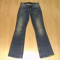 Junior's Levi's 528 Curvy Cut Boot Cut Jeans Size 7 Medium-Cute  Nice Photo