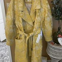 Kate Hudson Long Yellow Belted Coat With Large Brown Wooden Buttons Size Xs Photo