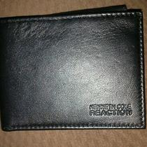 Kenneth Cole Reaction Black Leather Wallet Style 561755ss Photo