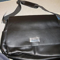 Kenneth Cole Shoulder Bag Photo