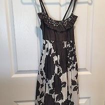 Kensie Gray & White Patterned Dress W/ Jeweled Detail Size Xs Photo