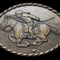 Kh09140 Really Nice Vintage 1981 Pony Express Rider Belt Buckle Photo