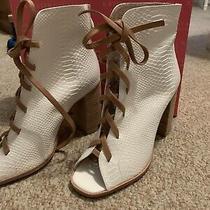 Kristin Cavallari Chinese Laundry Layton Peep Toe Leather Bootie White Size 8 Photo