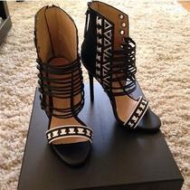 l.a.m.b Savanna Beautiful Heel Photo