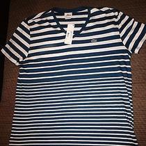 Lacoste v-Neck T-Shirt Photo