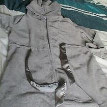 Ladies Dressing  Gown Size 16-18 From Avon Pale Grey Fluffy Hood & Belt Photo