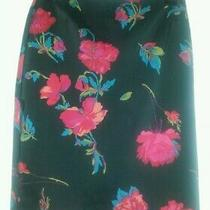 Ladies Express Black W/red Roses Straight Skirt Size 1/2 Knee Length Euc  Photo