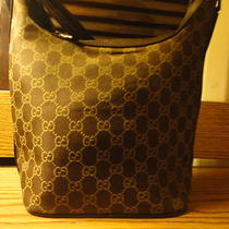 Ladies Gucci Handbag / Purse Photo