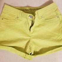 Ladies Shorts by Vera Wang Size 6 Color Green in Excellent Condition Photo