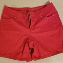 Ladies Shorts by Vera Wang Size 6 Color Red in Excellent Condition Photo