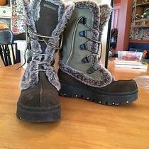 Ladies Sketchers Winter Boots 9.5 Photo
