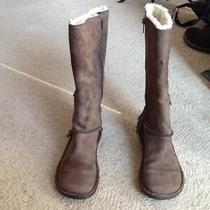 Ladies Ugg Boot Photo