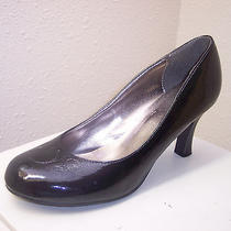 Last Chance  Women's Shoes Classic Pumps by Rampage With 3 Inch Heel Size 8 Med Photo