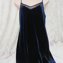 Laundry by Shelli Segal 10p Blue Velvet Cocktail Club Holiday Photo
