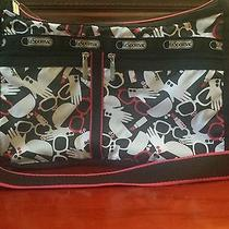 Le Sportsac Powder Room Deluxe Everyday Bag/purse-Crosbody  Photo