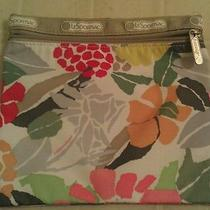Lesportsac Medium Zipper Pouch Photo