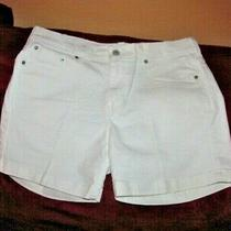 Levis 515 Womens Size 12 White Stretch Denim Shorts Waist 34nwot Photo