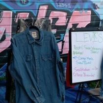 Levis Mens Dark Blue Sawtooth Denim Pearl Snap Western Shirt Sz L Photo