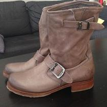 Like-New Women's Frye Boots Size 8.5 - Rare Colour Photo
