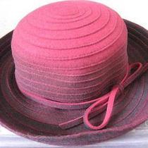 Liz Claiborne Turned Brim Hat 100% Wool Felt Burgandy Photo
