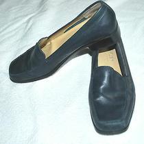 Lizflex by Liz Claiborne Quota Blue Leather 1 Heel Loafers (7m) Photo