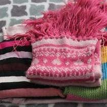 Lot 4pc. Girl's Knit  Scarves Gap Photo