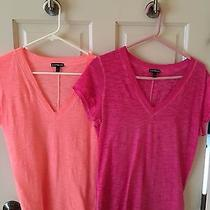 Lot of 2 Express Brand Women's v-Neck T-Shirts Orange Pink Great Size Small S Photo
