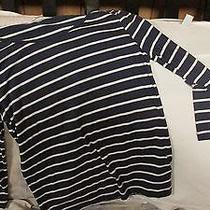 Lot of 2 Shirts Sz M Forever 21 and Billabong Long Sleeve Photo