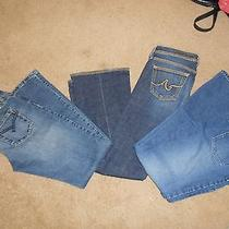 Lot of Women's Jeans (Agbillabong Ralph Lauren) Photo