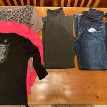 Lot of Womens Gap Maternity Clothes - 3 Shirts and 3 Pants/jeans  Photo
