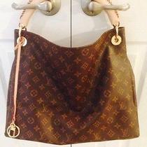 Louis Vuitton Artsy Mm Handbag Photo