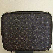 Louis Vuitton Computer Zip Cover Photo