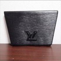 Louis Vuitton Epi Clutch Photo