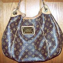 Louis Vuitton Galliera Pm Handbag Photo